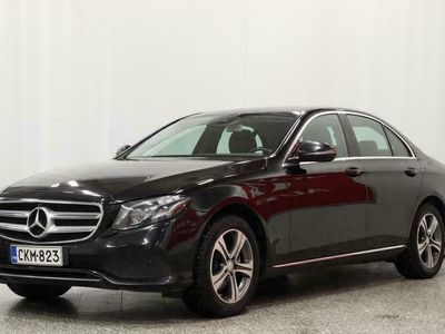 käytetty Mercedes E220 A Premium Business* Webasto* Navi* Koukku* BLIS* 360° Kamera*