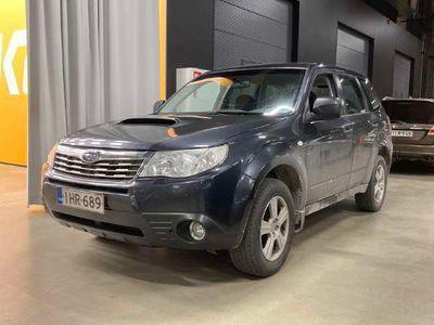 käytetty Subaru Forester 2,0 X TD BR ** Suomi-auto / Vakkari / Vetokoukku / Lohko / Juuri saapunut **