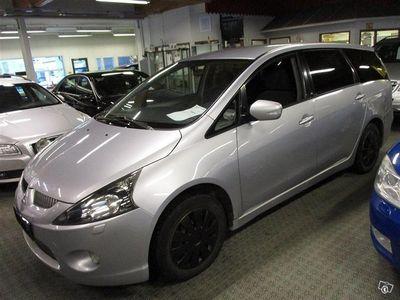 käytetty Mitsubishi Grandis 2.4