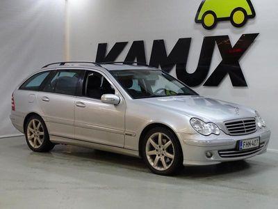 käytetty Mercedes C230 T A Avantgarde ** Juuri tullut / SUOMI- auto / Koukku **