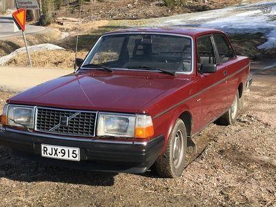 käytetty Volvo 240 Museoauto