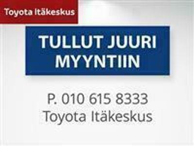 käytetty Toyota Avensis 2,2 D-CAT 177 Linea Sol Plus 4ov *** Korkotarjous 2.9% + kulut, ensimmäinen erä 3kk päästä