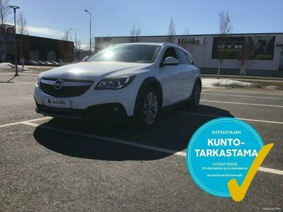 käytetty Opel Insignia Country Tourer 2,0 CDTI BiTurbo 4x4 143kW AT6 / Sport nahat / Panorama / Navi / Eber kaukosäädöllä /