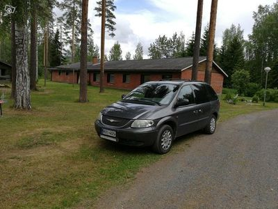 used Chrysler Voyager 3.3 AUTOMATIC