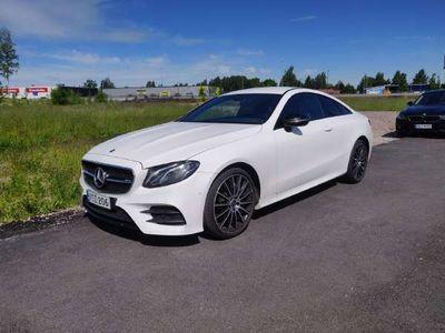 käytetty Mercedes E220 4Matic A Coupé Business AMG-Styling ** Tulossa Ouluun! / Burmester / Navi / Nahka-alcantara /