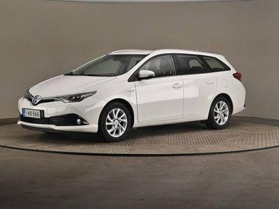 käytetty Toyota Auris Touring Sports 1,8 Hybrid ActiveEdt (17.2) -Vetokoukku-