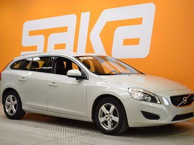 käytetty Volvo V60 D5 AWD Summum aut ** Juuri tullut! / Ota yhteys myyntiimme 020 7032607 **