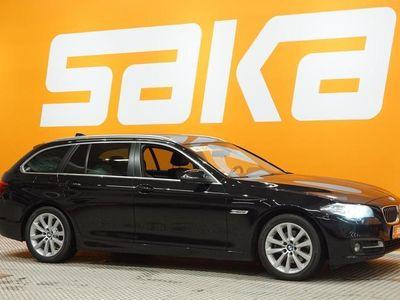 käytetty BMW 520 520 F11 Touring d A xDrive Exclusive Edition ### NORMAL FRIDAY -hinta! ### ** Urheilu-istuimet / M-S