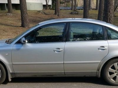 käytetty VW Passat 2003, jotain häikkiä