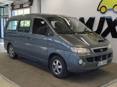 käytetty Hyundai H-1 2,5 CRDi Bussi #9-hlö #Vetokoukku