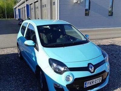 käytetty Renault Twingo 3-ov 1,2 16V 76 Trend (MY12)