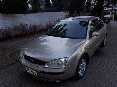 käytetty Ford Mondeo 2.0i 145 hv Ghia Sedan