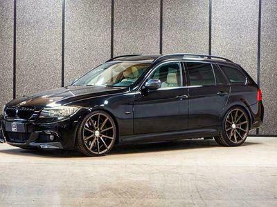 käytetty BMW 330 330 d A E91 Touring M-Sport // Stage 1// Korko 1,9% // Panorama // Vaaleat nahat // 8xalut // Vakkari //