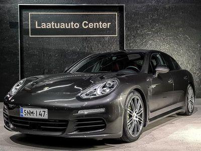 """käytetty Porsche Panamera S E-Hybrid e- A 416hv Aktiivi vakkari, Bose, Sport chrono plus, 20"""" alut, 14 suuntaan säätyvät istuimet"""