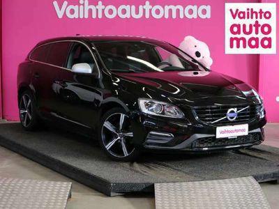 käytetty Volvo V60 D4 R-Design aut *PA-Lämmitin* *Nahat* *Koukku* Kaarrevalot* *0? käsiraha, 3kk lyhennysvapaata*