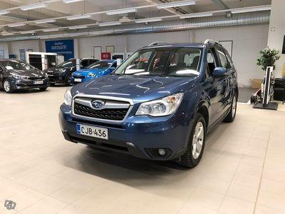 käytetty Subaru Forester 2,0 XS CVT**Korkotarjous alk. 1,99%+kulut Huoltorahalla ja väh. 1500? hyvitys autostasi!**
