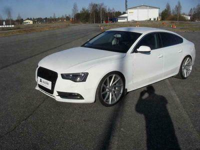 käytetty Audi A5 Sportback *NÄYTTÄVÄ* Business 1,8 TFSI 125 *Kotiin Toimitettuna, Rahoituksella, Tarkastettuna!*