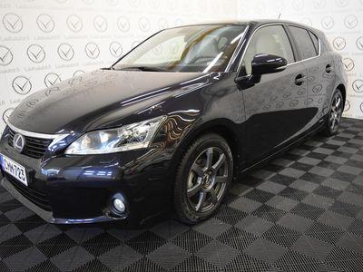 käytetty Lexus CT200h Hybrid A Executive - Rahoitus 1.89% jopa ilman käsirahaa! Nahat, Navi, Xenon, Kamera