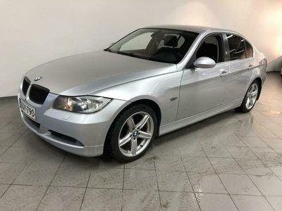 käytetty BMW 325 ix 4d (E90) HYVIN HUOLLETTU NELIKKO!!