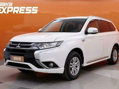 käytetty Mitsubishi Outlander P-HEV Intense Business 4WD 5P ** Alv. / Navi / P-Kamera **