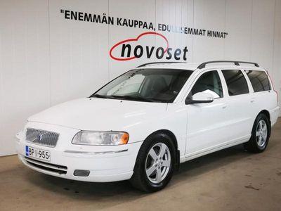 käytetty Volvo V70 2.4 D5 185HV AWD Classic Aut. *7-PAIKKAINEN, HYVÄN TUNTUINEN!* *1.99% KORKO, 220e KASKO, 0e TOIMITUS
