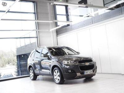 käytetty Chevrolet Captiva 2,2D AWD Aut + 7-Paikkainen + Nahat + Bluetooth + Tutka + Vetokoukku