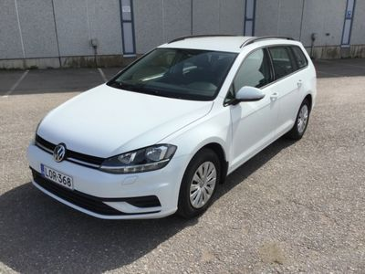 käytetty VW Golf Variant Trendline 1,0 TSI 85 kW (115 hv) Rahoitus 1.89% + kulut!
