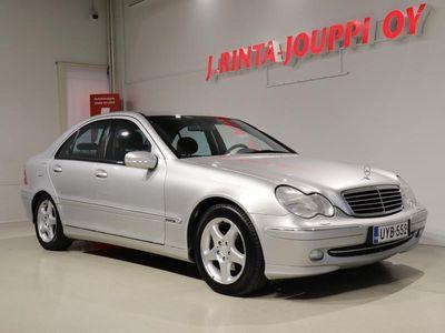 käytetty Mercedes C220 CDI Avantgarde *Vetokoukku, Sähkösäätöiset etuistuimet, Vakionopeudensäädin*