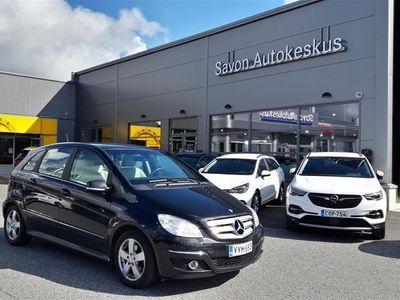 käytetty Mercedes B180 CDI Premium Business ** SIISTI KUNTOINEN SUOMI-AUTO, HUOLTOKIRJA, MOOTTORIN LÄMMITIN**