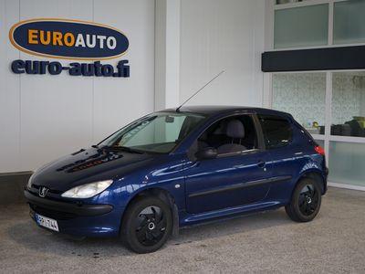 käytetty Peugeot 206 1,1 3D VÄHÄN AJETTU PERUSAUTO, SOITIN, LOHKOLÄMMTIN + SISÄPISTOKE, KAHDET RENKAAT