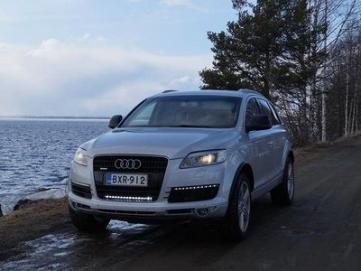 käytetty Audi Q7 3.0 TDI S-LINE
