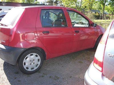 käytetty Fiat Punto 5d (1,2) 158600km ajettu