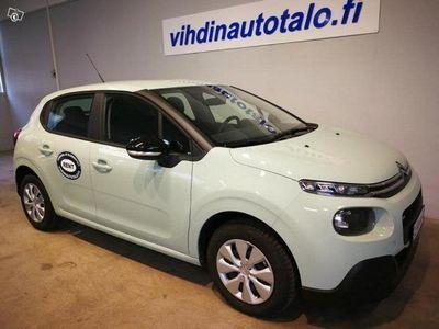 käytetty Citroën C3 C3 PureTech 82 Feel *** NYT RAHOITUSKORKO 0 % UUSIIN (ei esittelyautoihin)-malleihin ! ***