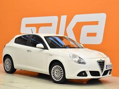 käytetty Alfa Romeo Giulietta Speciale 1,4 T-jet 120hv Bensiini ** Jakopää tehty / Suomiauto / Lohko+sisäp. / Tutka **