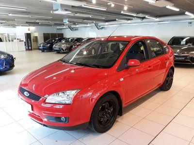 käytetty Ford Focus 1,6 100hv Collection M5 5-ovinen - **Korkotarjous 1,59%+kulut**Toimitamme autot koko Suomeen** -