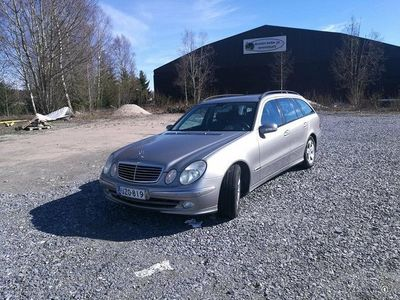 used Mercedes E270 CDI STW 5D