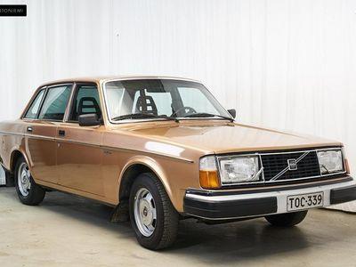 käytetty Volvo 244