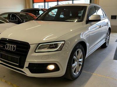 käytetty Audi SQ5 3,0 V6 TDI 240 kW quattro tiptronic ** Juuri tullut! / BLIS / Navi / Hifit **