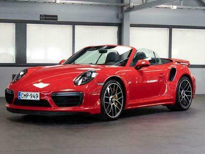 käytetty Porsche 911 Turbo S 991.2 Cabriolet PDK Aerokit, Burmester, PDLS+, Keyless, Laajennettu Täysnahka OVH. Yli 437te