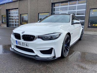käytetty BMW M3 F 80 3.0 DCT-A 485 HV M-PERFORMANCE AKRAPOVIC LED VALKOINEN NAHKASISUSTUS 360 KAMERAT HARMAN CARDON NAVIGOINTI 19...