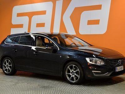 käytetty Volvo V60 D4 Ocean Race Business aut ** Suomi-auto / Webasto / Virtuaalimittaristo / Navi / Sporttinahat / Kou