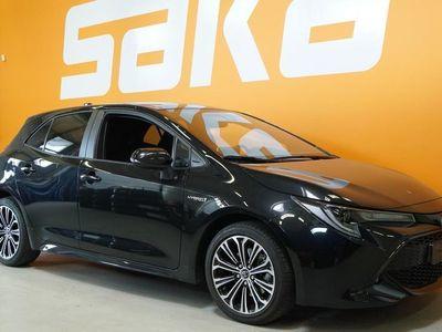 käytetty Toyota Corolla Hatchback 2,0 Hybrid Style / Tutkat / Automaatti pitkät / Adapt. Cruise /