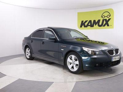 käytetty BMW 530 xiA / HIFI / Proffanavi / Puolinahat / Kattoluukku / Sporttipenkit / Vakkari