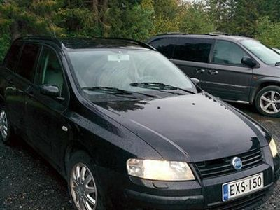 käytetty Fiat Stilo 1.6 bensa manuali vm. 2006