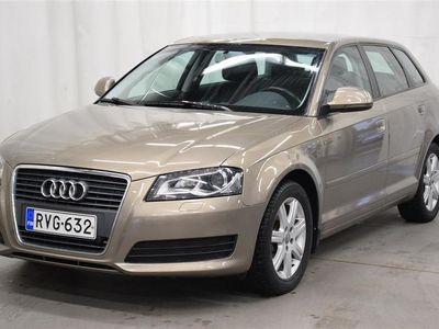 käytetty Audi A3 Sportback Attraction Business 1,6 TDI (DPF) 77 kW Start-Stop *Siisti Suomi-auto!*