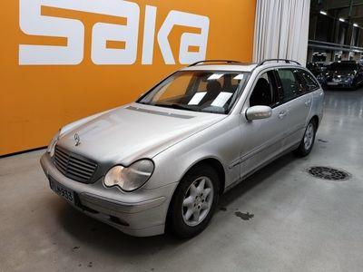 käytetty Mercedes C220 CCDI Farmari Elegance ** Kohtuu kilsat / Lasikattoluukku / Vakkari / Lohkolämmitin & sisäpistoke **