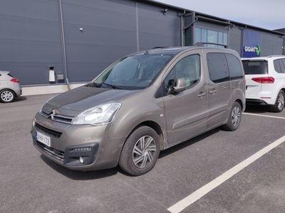 käytetty Citroën Berlingo Multispace BlueHDi 100 Feel aut ** Suomiauto / Cruise / Kattoikkuna / P. tutka / Bluetooth **
