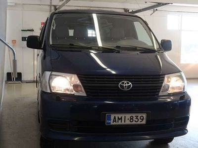 käytetty Toyota HiAce 2,5 D-4D 117 5OV PITKÄ