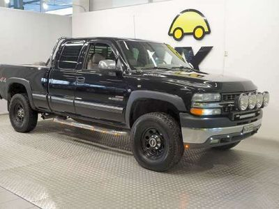 käytetty Chevrolet Silverado 2500 6,6 Duramax Nahkaverhoilu / Vetokoukku / Ilmastointi, manuaalinen / Vakionopeussäädin / Ajotietokone / Kevytmetallivanteet