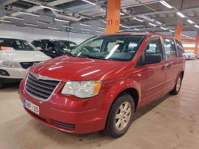 käytetty Chrysler Grand Voyager 3,8 V6 A6 LX ** 7-Paikkainen / Suomi-auto / Vakkari / P-tutka **